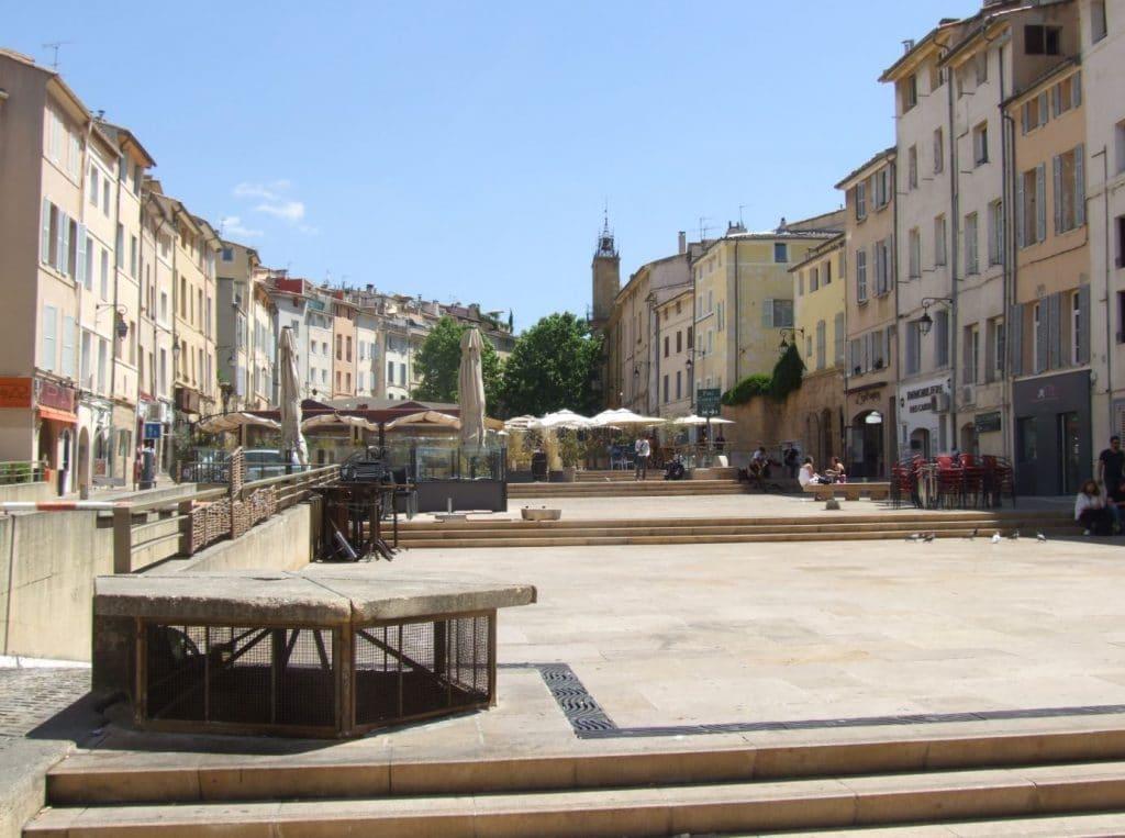 Place Des Cardeurs