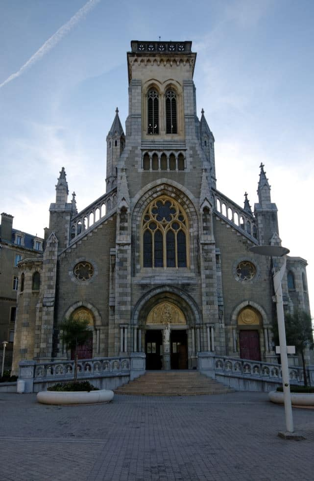 7. Eglise Sainte Eugenie