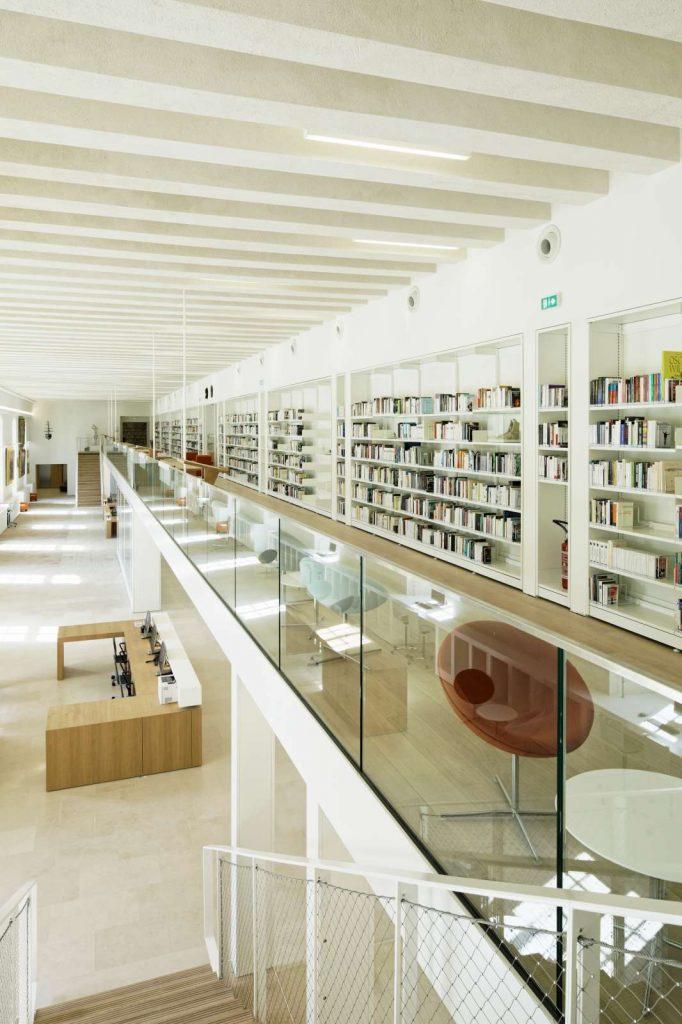 Hôtel Dieu, Bibliothèque