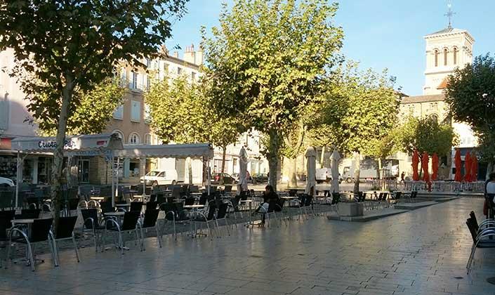 Place Des Clercs Valence
