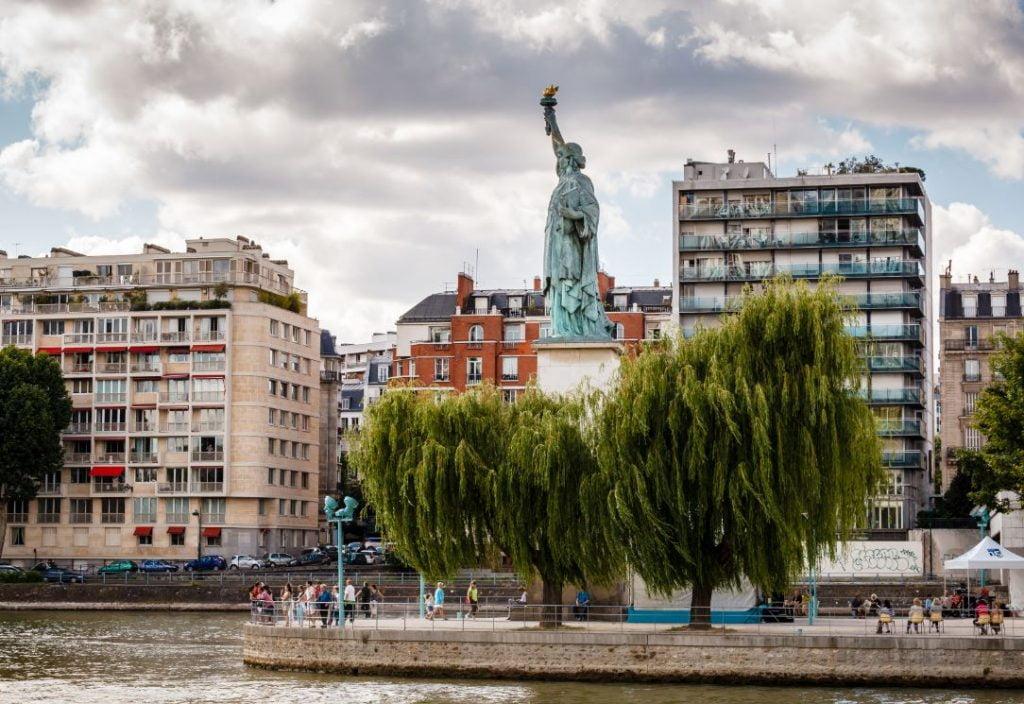 Statue Liberté Paris