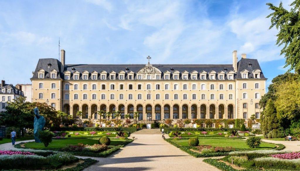 Palais St Georges