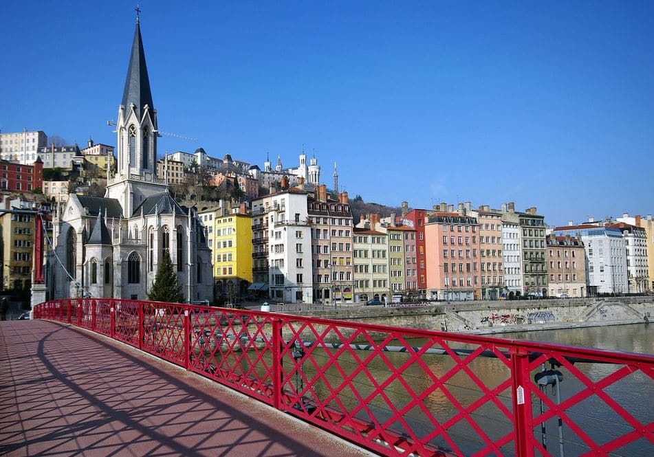 Eglise St. Georges Et Quais De Saône Lyon