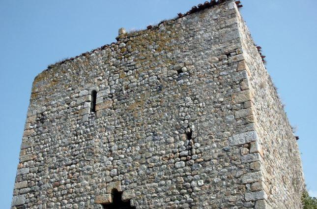 Chateau De Pujol