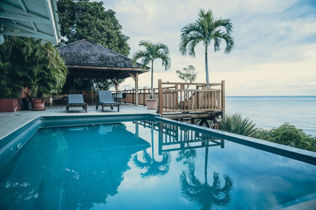 Luxury Villa With Terrace And Infinity Pool With Ocean Views