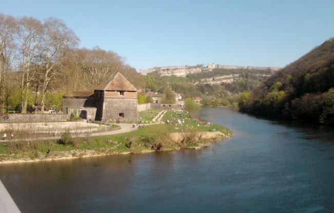 Berges Du Doubs