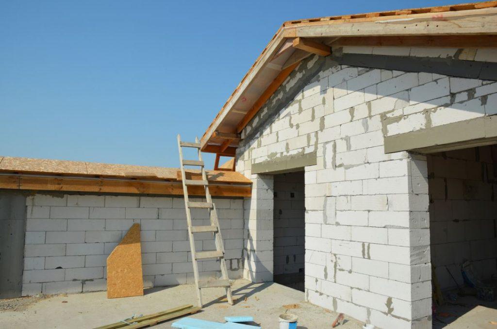 Construction Garage