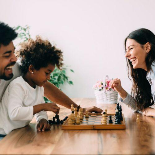 Apprendre Aux Enfants à Jouer échecs